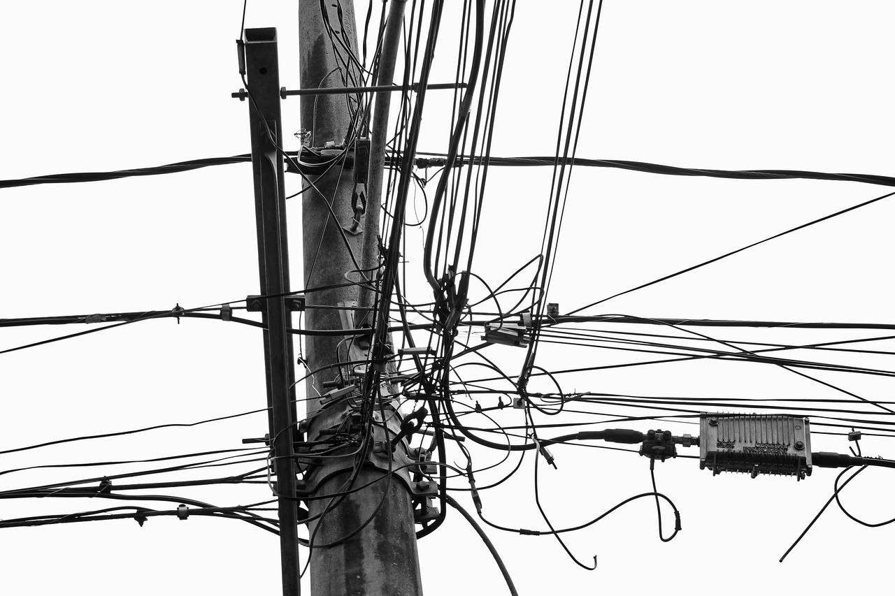 Przekaźniki instalacyjne – szeroki wybór modeli