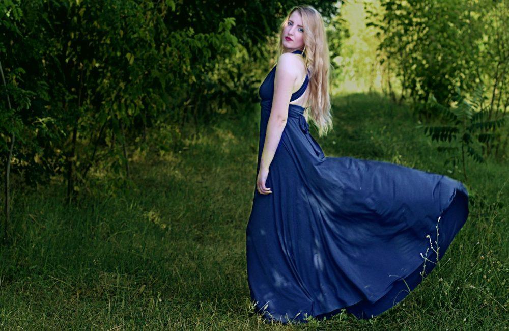 Jakie sukienki dla puszystych kobiet?