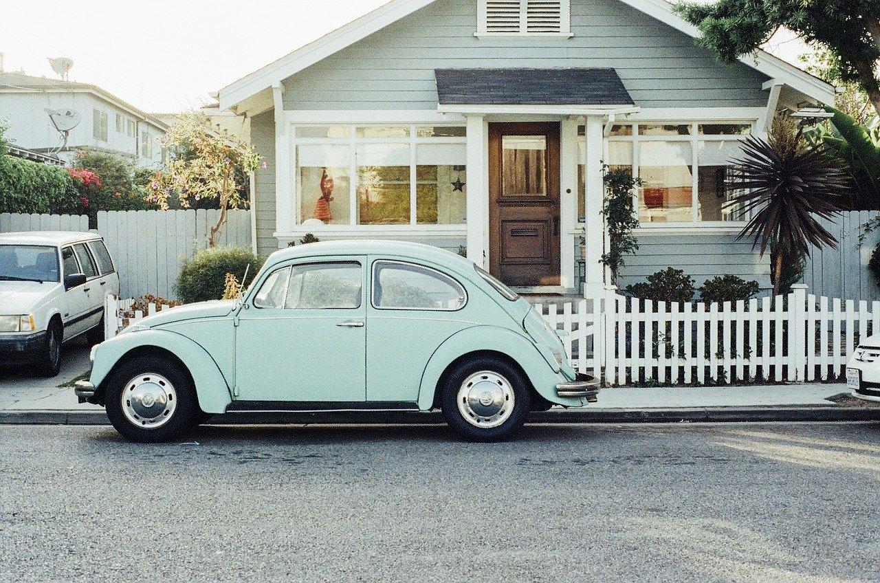 Zasłony, rolety czy żaluzje na okna dachowe?